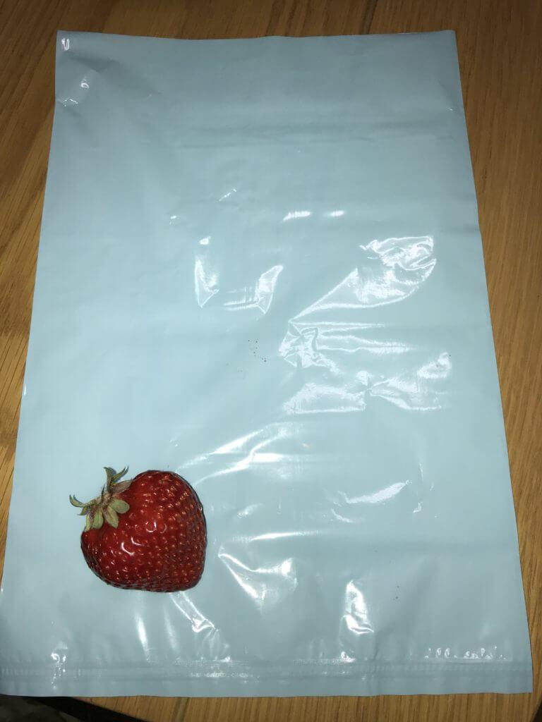 イチゴとうんちが臭わない袋